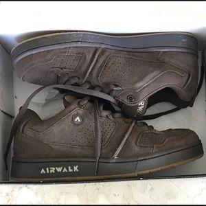 NEW - Airwalk Leather Skater Shoes